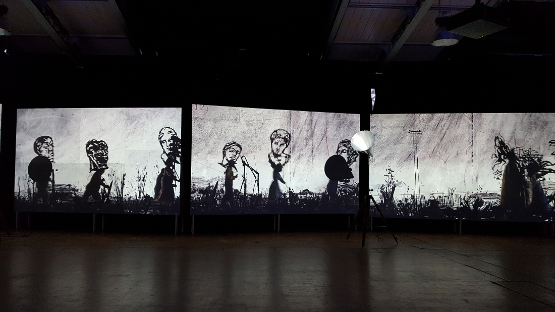 More sweetly play the dance de William Kentridge - ©No Fake In My News