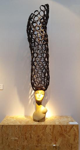 Gangondouin de Marius Dansou - Fer à béton et mannequin de vitrine