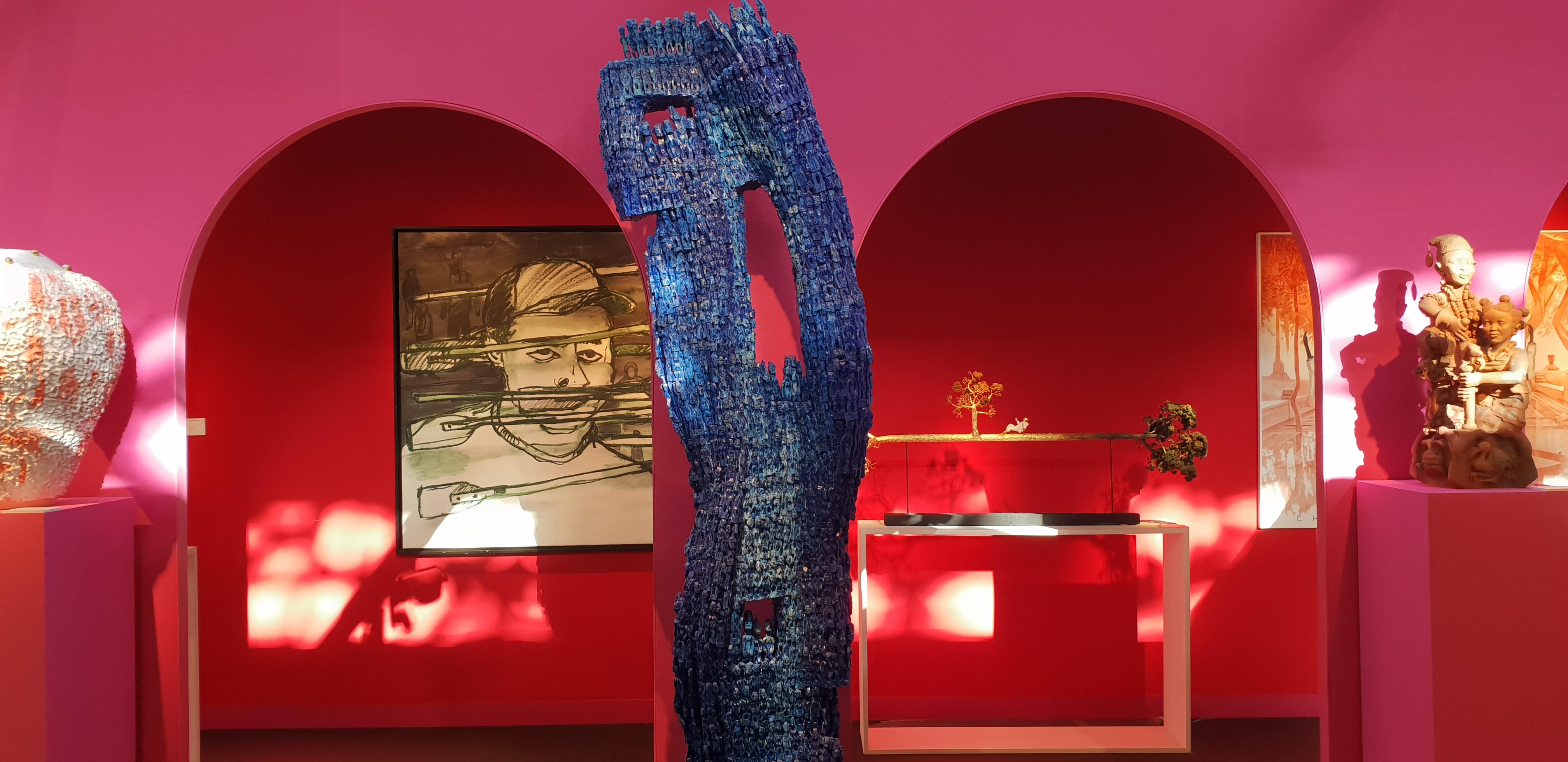 Oeuvres des artistes Dominique Zinkpè- Jorge Luis Miranda Carracedo sur le tand de la Galerie Vallois --KCHO- AKAA 2018 - ©No Fake In my News