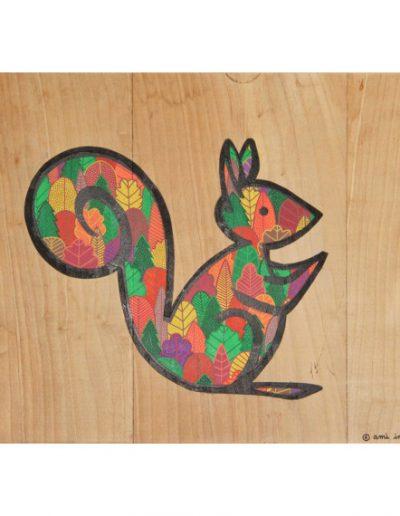 Ecureuil forêt d'automne par AMI IMAGINAIRE  - Aérosol et marqueur sur bois   2019 - ©Association Art'Murs