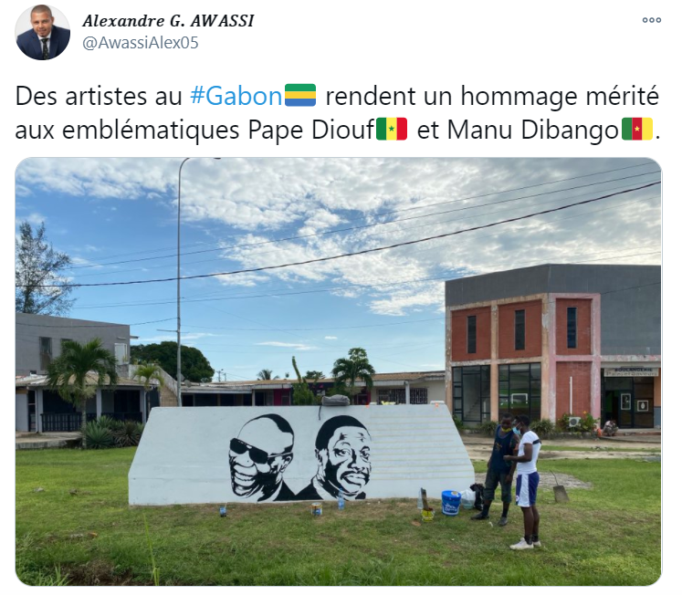 Pape Diouf et Manu Dibango - image issue du compte twitter @AwassiAlex05